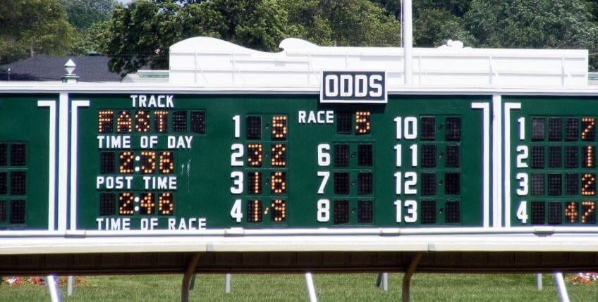 Should you bet show on low odds horses back lay betting strategies for baccarat