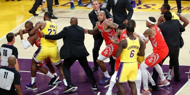 Houston rocket la lakers fight